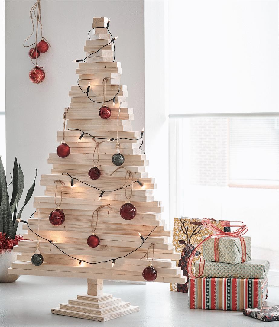 Houten-kerstboom-houten-kerstbomen-steigerhouten-kerstboom-houten-kerstboom-verlichting-kleine-houten-kerstboom-grote-houten-kerstboom-1
