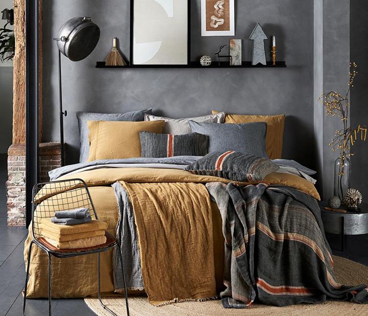 Slaapkamer-slaapkamer-inrichten-wooninspiratie-slaapkamer-stylen-warme-kleuren-industriele-woonkamer