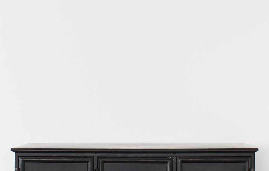 decoratie kast decoratie woonkamer huisdecoratie woonkamer decoratie decoratie dressoir decoratie op kast decoratie kast woonkamer dressoir stylen interieurstyling inrichting huis interieur woonkamer interieur inrichting huiskamer inrichten