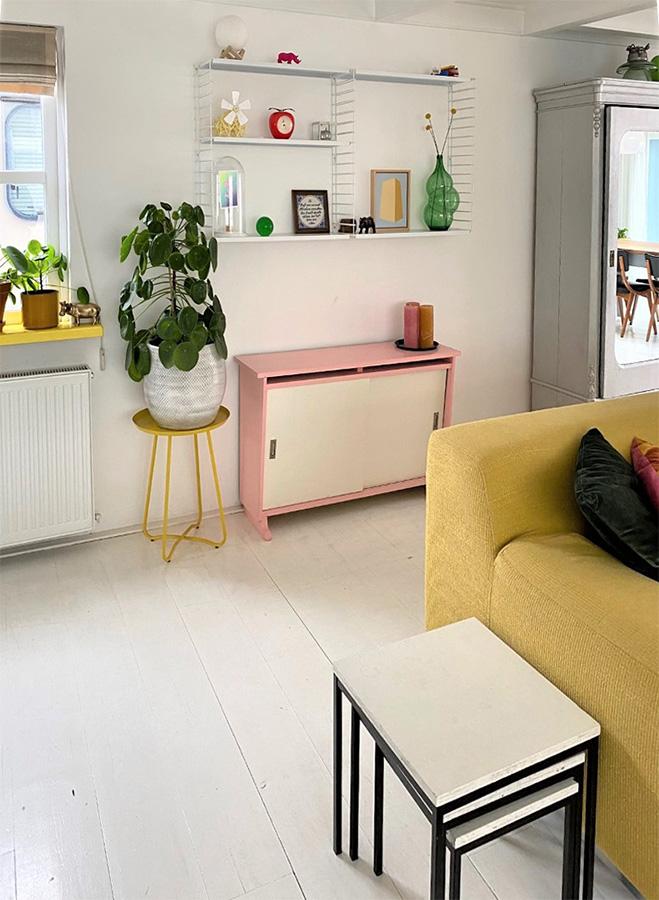 Binnenkijker-kleurrijk-wonen-wooninspiratie-interieurinspiratie-binnenkijken-woonstijlen-eclectische-woonstijl-vintage-groen-wonen-groen-interieur