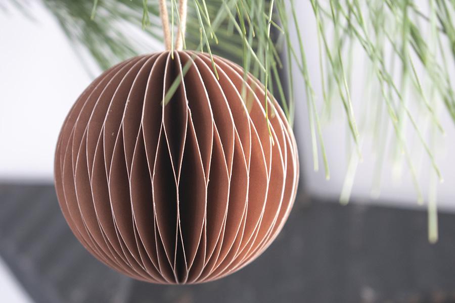 roestbruine decoratie roestbruine accessoires roestbruine kerstballen terracotta kerstversiering
