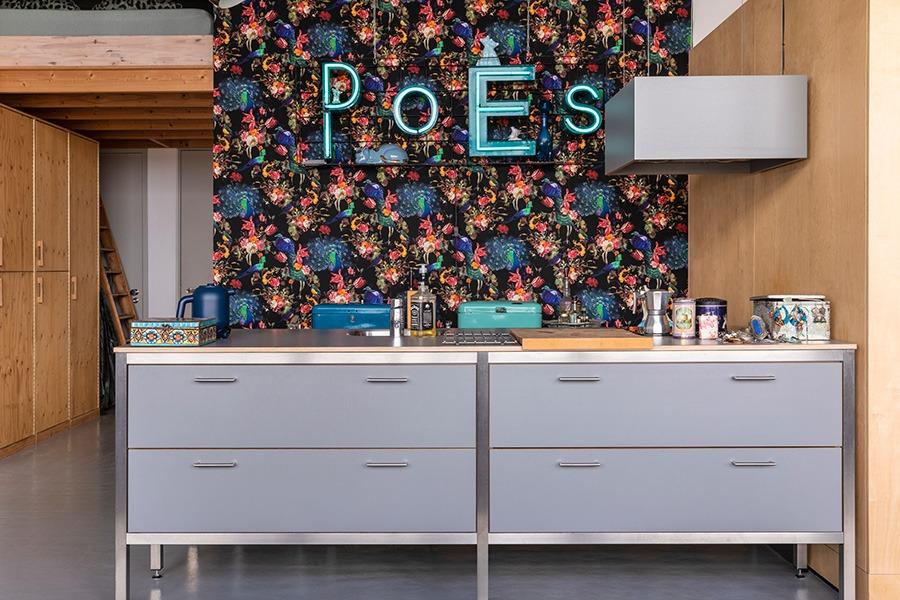 blauw interieur donkerblauw interieur blauw grijs interieur blauw groen interieur blauwe woonkamer blauwe muur donkerblauwe muur grijsblauwe muur wanddecoratie blauw lichtblauwe muur woonkamer welke kleuren passen bij blauw welke kleur past bij blauw combineren