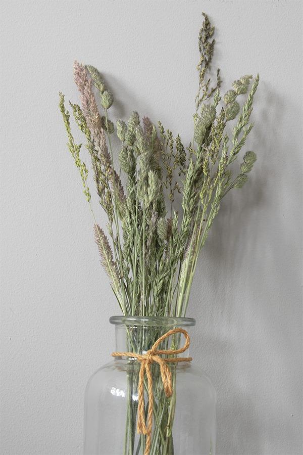 zelf droogbloemen maken droogboeket maken droogbloemen zelf maken zelf droogboeket maken gedroogde bloemen maken droogbloemen schilderij maken droogbloemen in stolp maken bloemen drogen droogbloemen in vaas droogbloemen in glas droogbloemen veldboeket hoe droog je bloemen