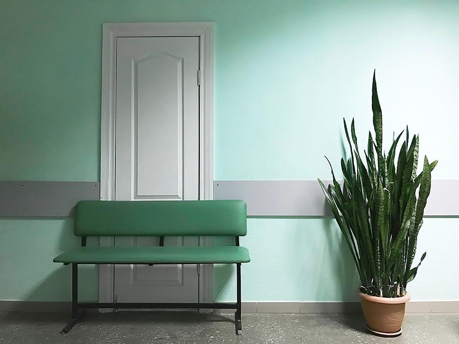 kleur verf muur kleur muur donkerblauwe muur muurkleuren blauwe muur taupe muur warme kleuren woonkamer kleur muur woonkamer blauwe muur terra muur terracotta muur groene muur taupe muur grijze muur